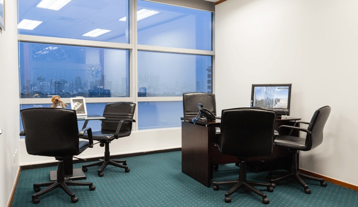 1-silom-road-office-with-view-720x416.png